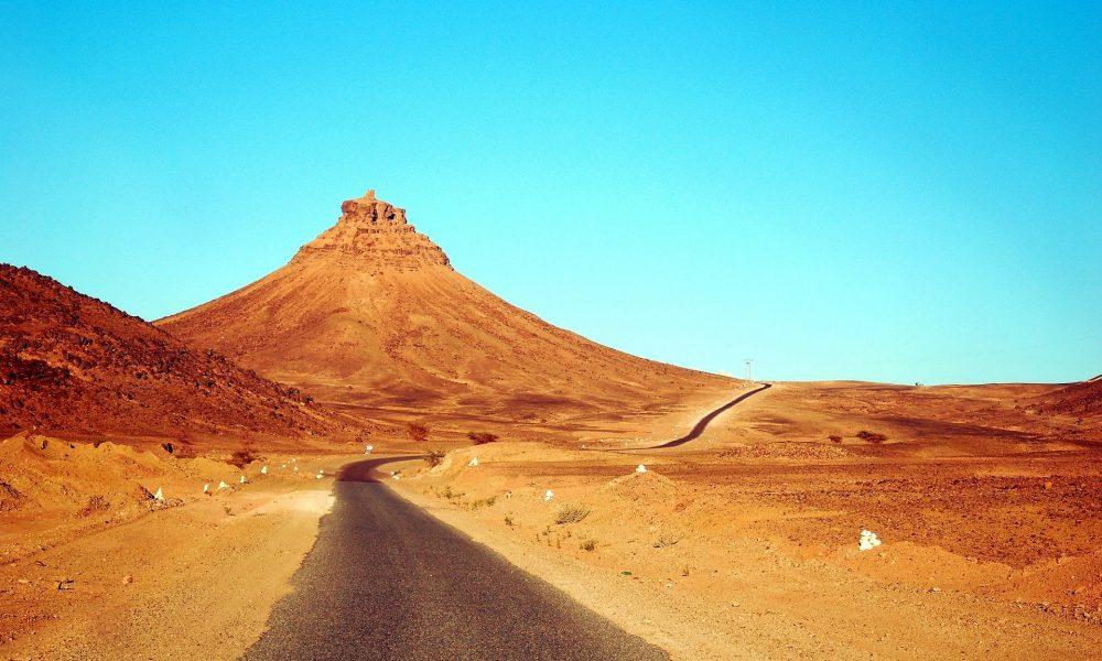 3 days marrakesh desert tour to erg chigaga